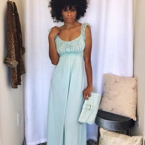 Dresses & Skirts - Vintage mint green maxi dress